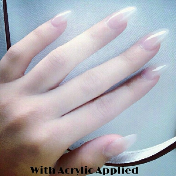 100 Pcs Stiletto Nails In Color NATURAL